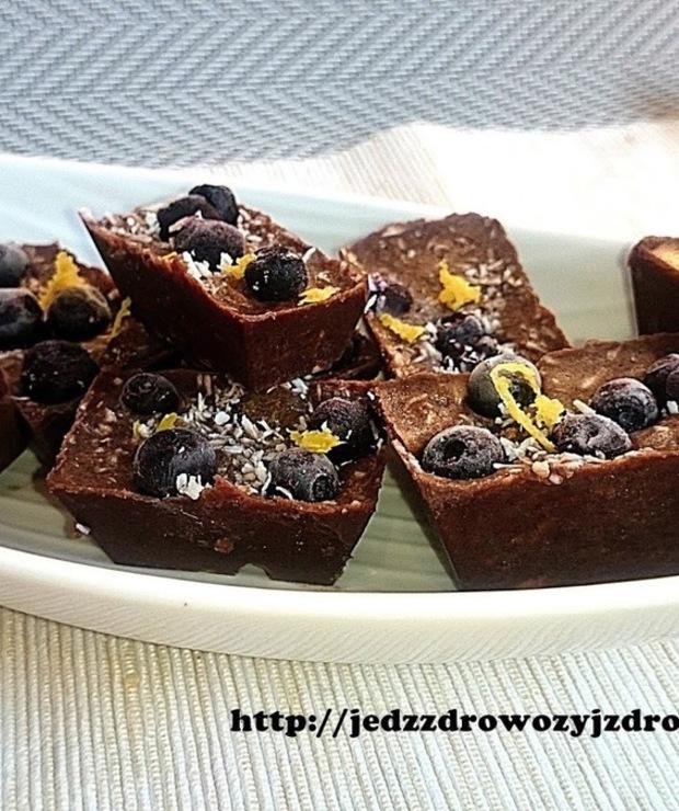 Domowa czekolada wysokobiałkowa - Desery i ciasta