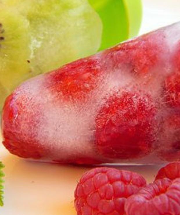 Lody na patyku z owoców - Desery i ciasta