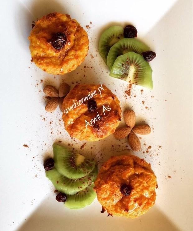 Syrniki marchewkowe (pieczone) - Desery i ciasta
