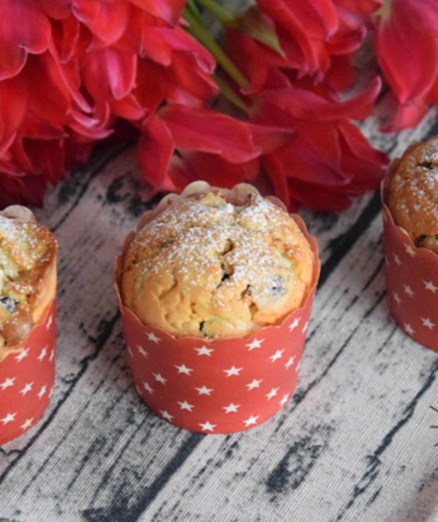 Marcepanowe babeczki z żurawiną - Muffiny i babeczki