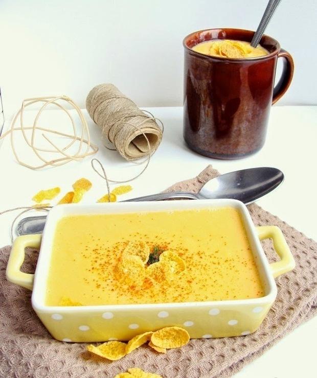 Rozgrzewająca zupa z kukurydzy konserwowej - Kremy