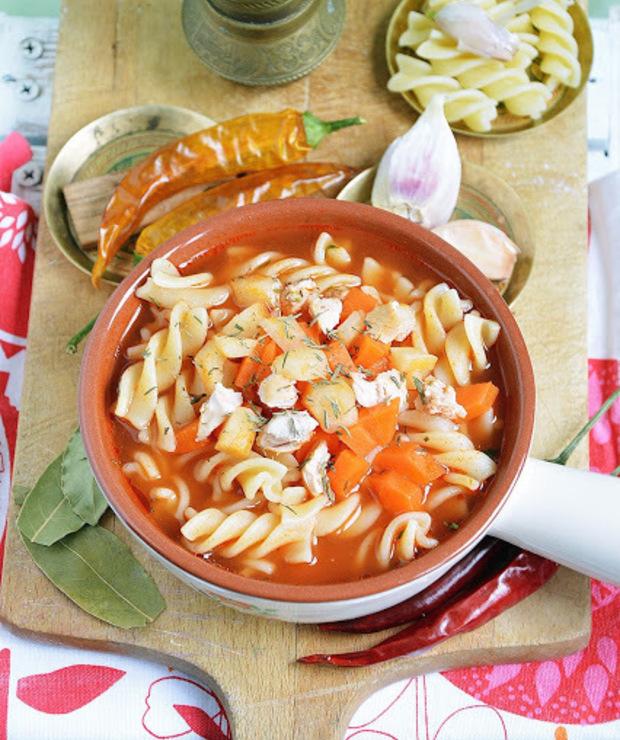 Zupa pomidorowa - Z mięsem