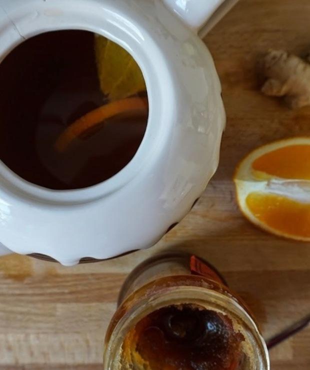 Zimowa herbata z pomarańczą, miodem i imbirem - Gorące