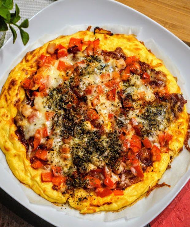 Dietetyczna pizza na spodzie z kalafiora - Pizza i calzone