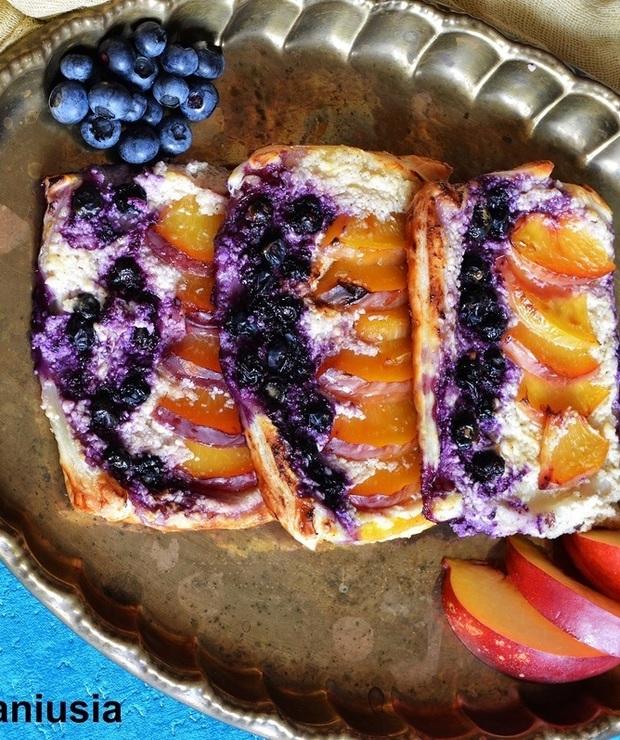 Ciasto Francuskie Z Twarogiem I Owocami Targ Smaku