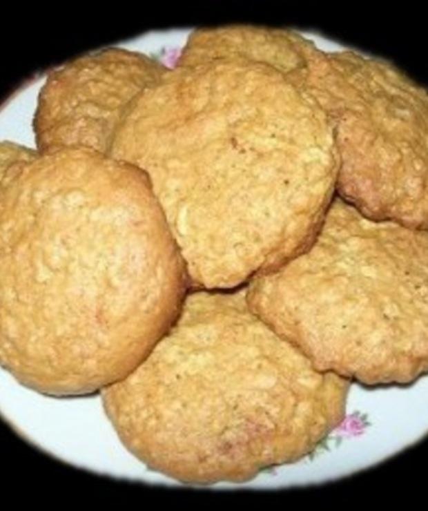 Ciasteczka owsiane z rodzynkami - Ciastka