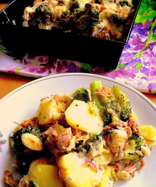 Zapiekanka z tuńczykiem i brokułami - Tuńczyk