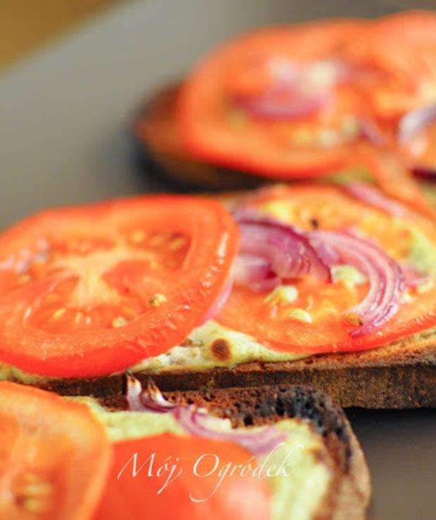Tosty z pomidorami. - Chleby