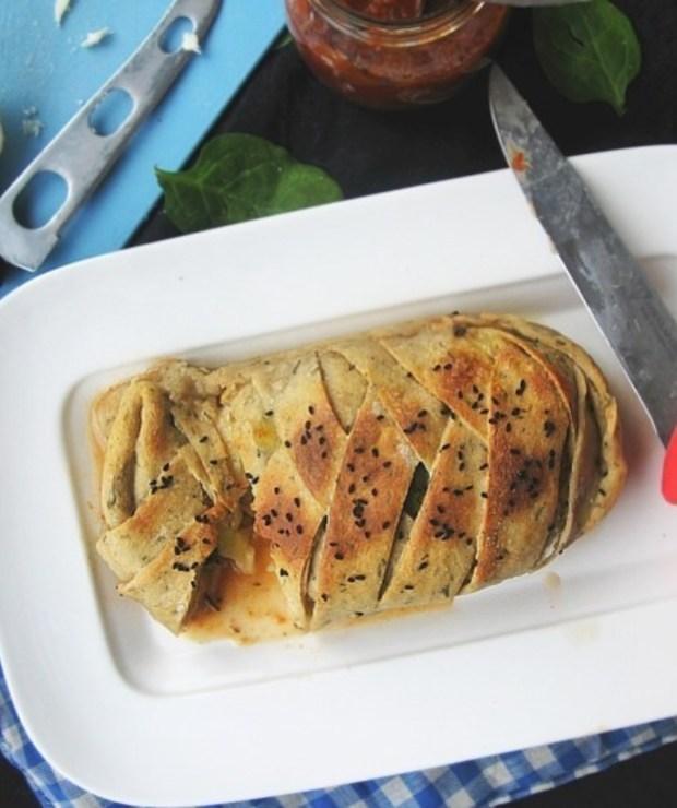 Stromboli z kurczakiem i pieczarkami - Pizza i calzone