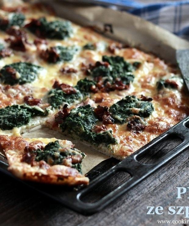 Podwójna pizza- ze szpinakiem i z pesto - Pizza i calzone