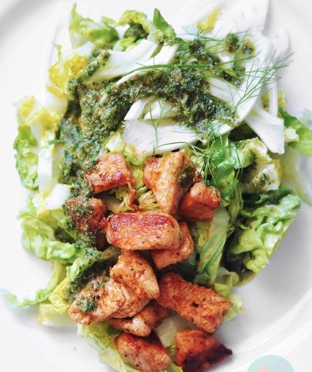 Sałatka z indykiem, koprem włoskim i pesto - Mięsne