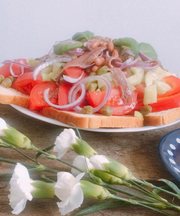 Panzanella – wersja zimowa sałatki z pomidorów i sucharków - Mięsne