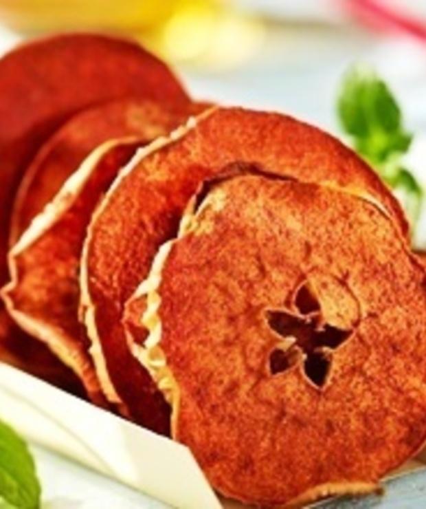 Cynamonowe dekoracje – jabłkowe chipsy - Na zimno