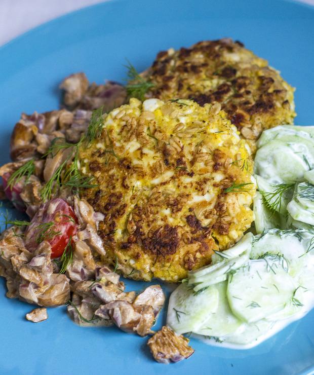 Kotlety jajeczne z sosem kurkowym - Dania z ryżu i kaszy