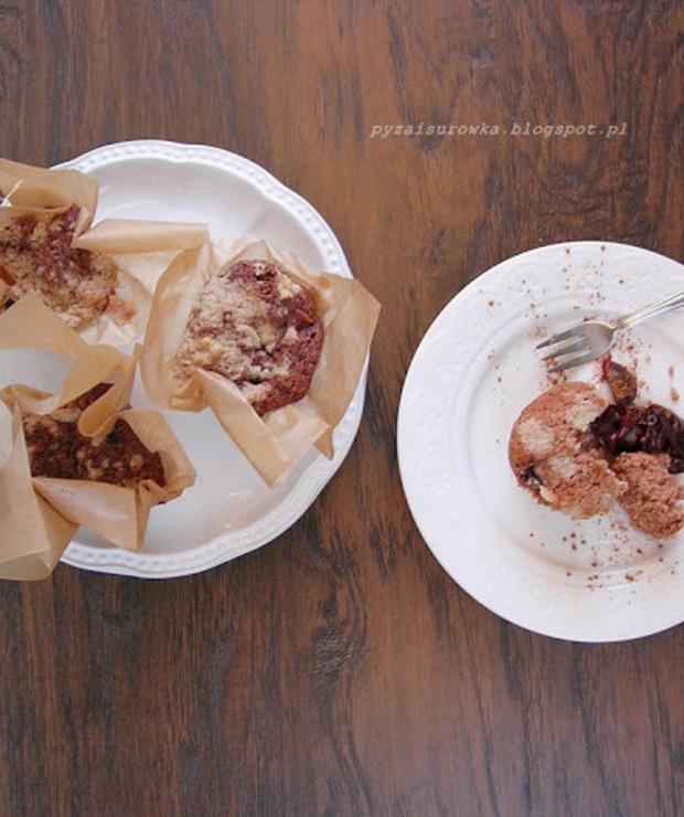 Muffiny ze śliwkami z cynamonową kruszonką - Muffiny i babeczki