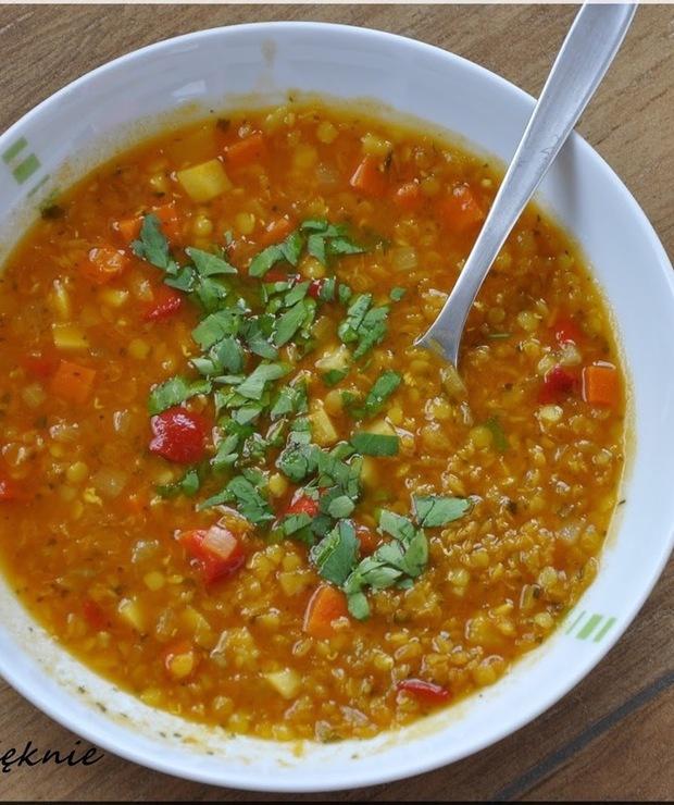 Zupa z soczewicy - Z warzywami