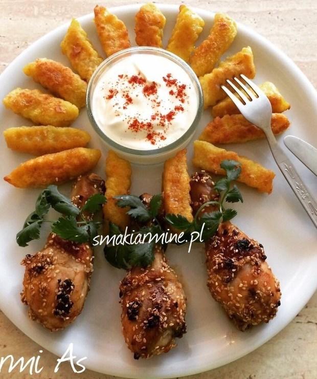 Pałki z kurczaka w sezamie - Drób
