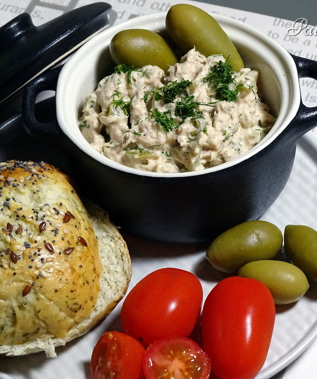 Pasta z tuńczyka i oliwek - Pasty do chleba
