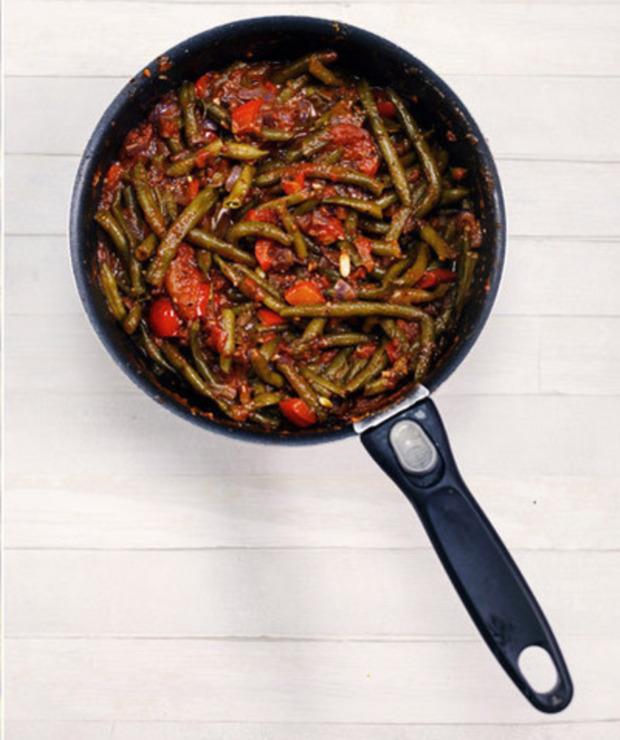 Fasolka szparagowa w pomidorach – pikantna i śródziemnomorska - Warzywa