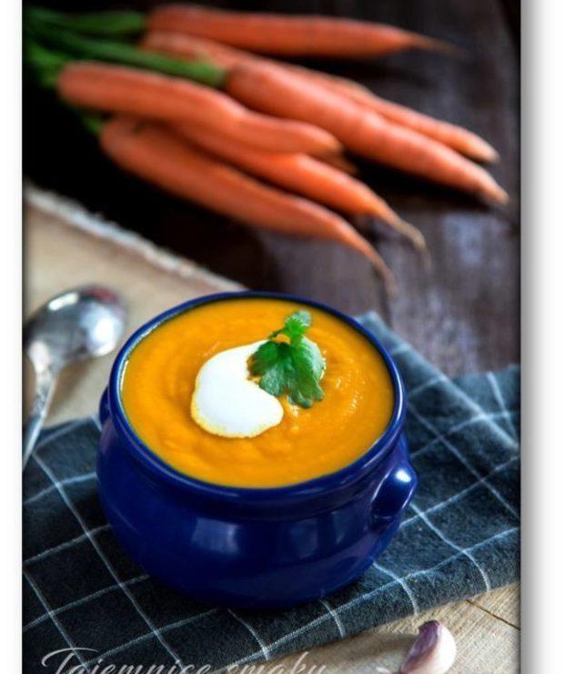 Zupa krem z marchewki z imbirem i mleczkiem kokosowym - Kremy