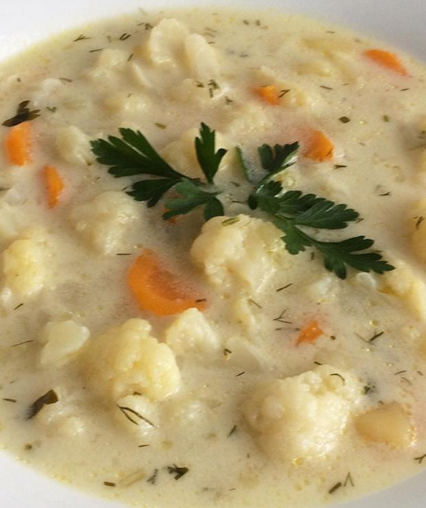 Zupa kalafiorowa - Z warzywami