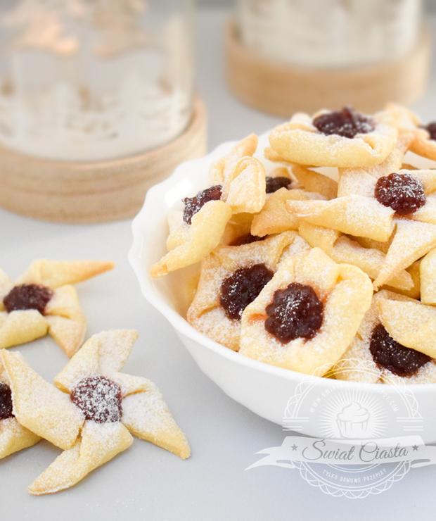 Ciasteczka wiatraczki i prezenciki - Ciastka