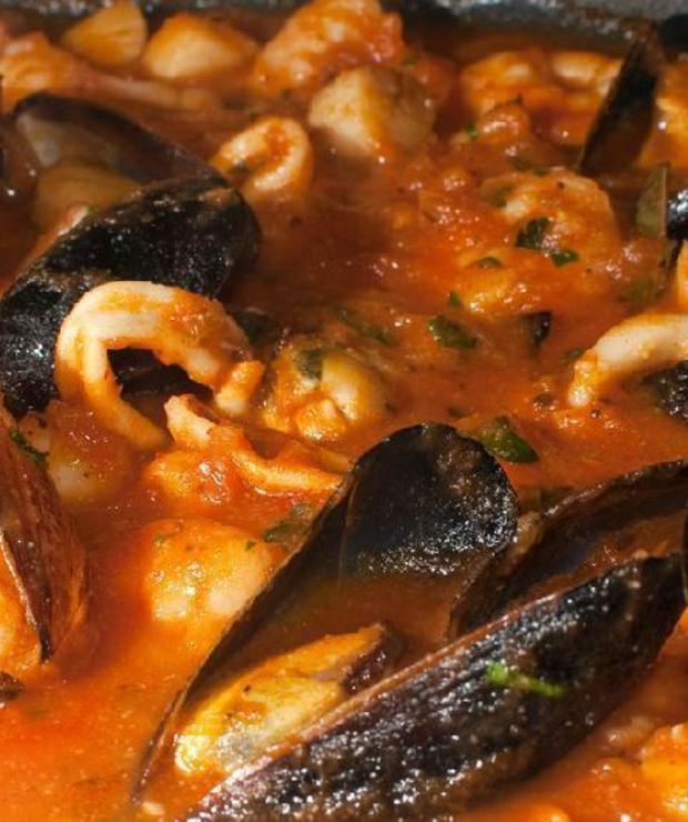 Przepis na… – Cioppino, włoską zupę rybną z San Francisco - Z mięsem