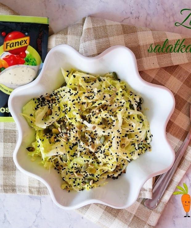 Zielona sałatka obiadowa - Surówki