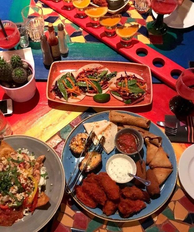 Restauracja Blue Cactus w Warszawie  - Lokale gastronomiczne