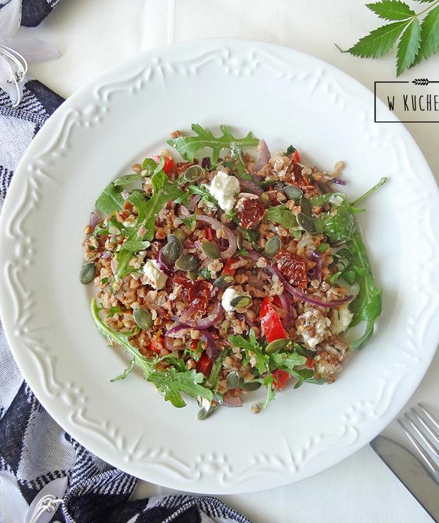 Kasza gryczana z tuńczykiem - Dania z ryżu i kaszy