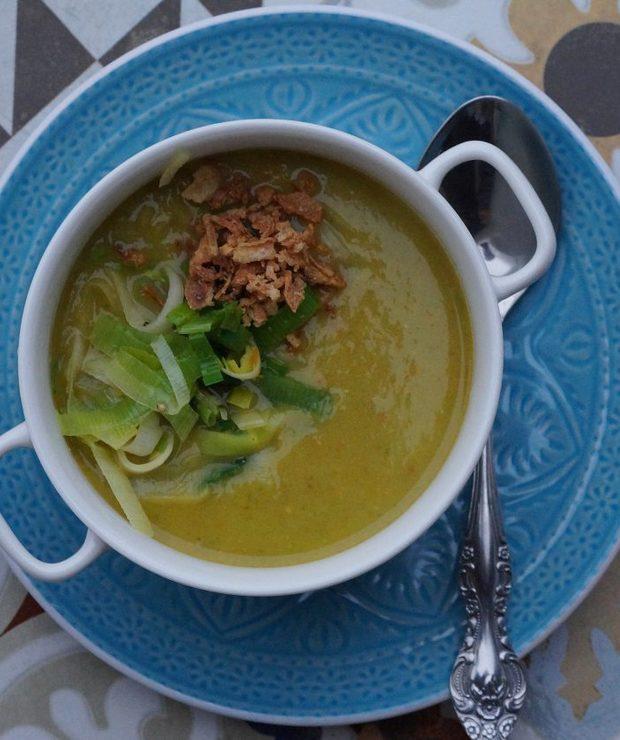 Aksamitna zupa z porów - Kremy
