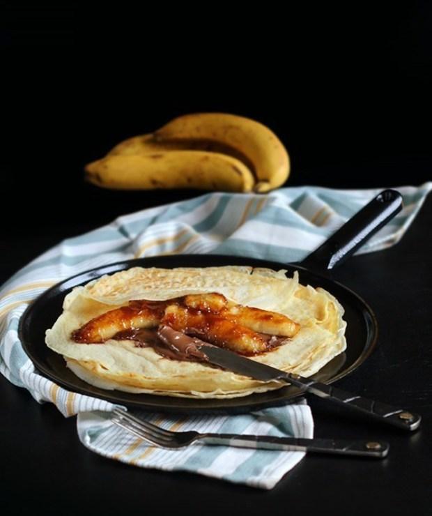 Naleśniki z nutellą i karmelizowanymi bananami - Placki i placuszki