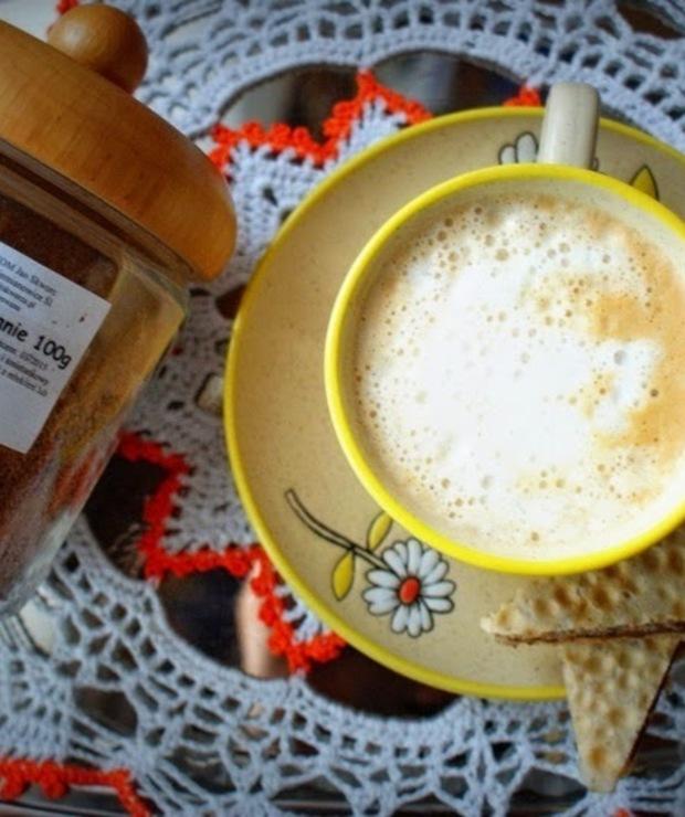 Truskawki w śmietanie- kawa od Skworcu  - Gorące