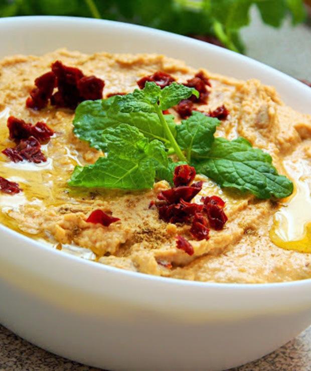 Hummus paprykowy z suszonymi pomidorami - Inne