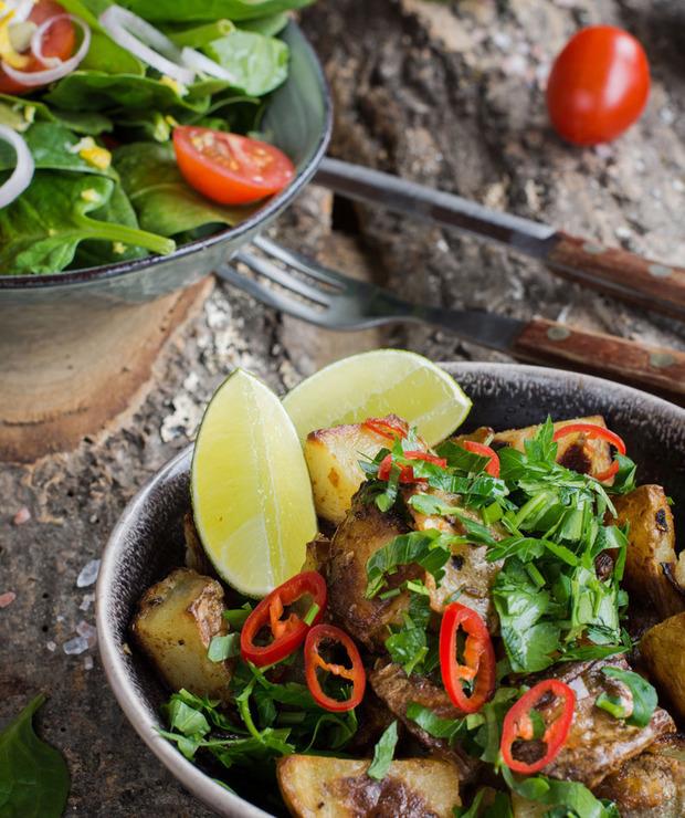 Batata harra – pikantne ziemniaki z Libanu - Na gorąco