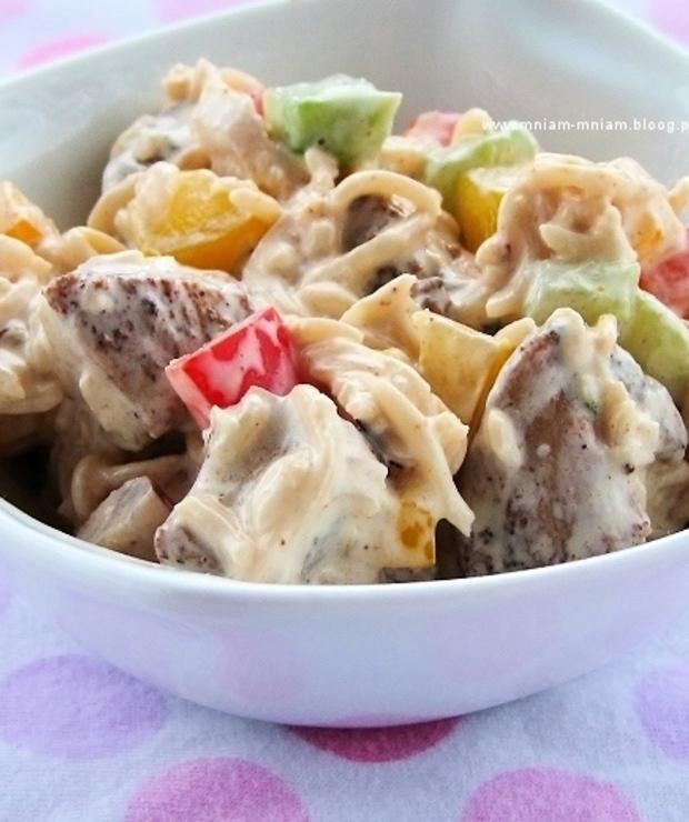 sałatka z zupek chińskich… - Mięsne
