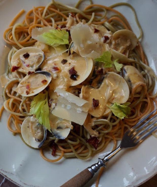 Spaghetti z małżami - Małże