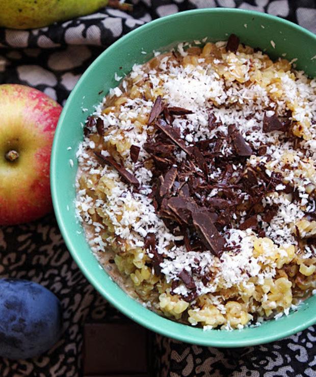 Zdrowe śniadania - czekoladowa kasza bulgur z kokosem - Musli i podobne