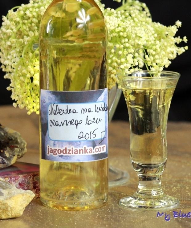 Nalewka na kwiatach czarnego bzu - Alkoholowe