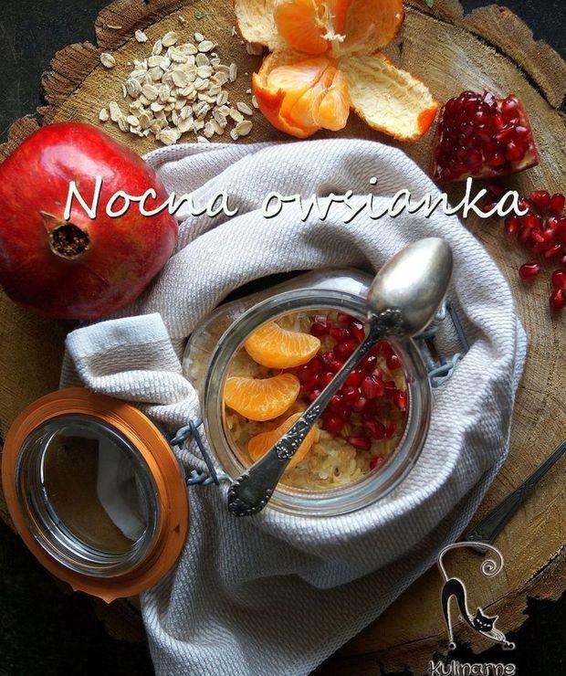 Nocna owsianka z mandarynką i granatem - Musli i podobne