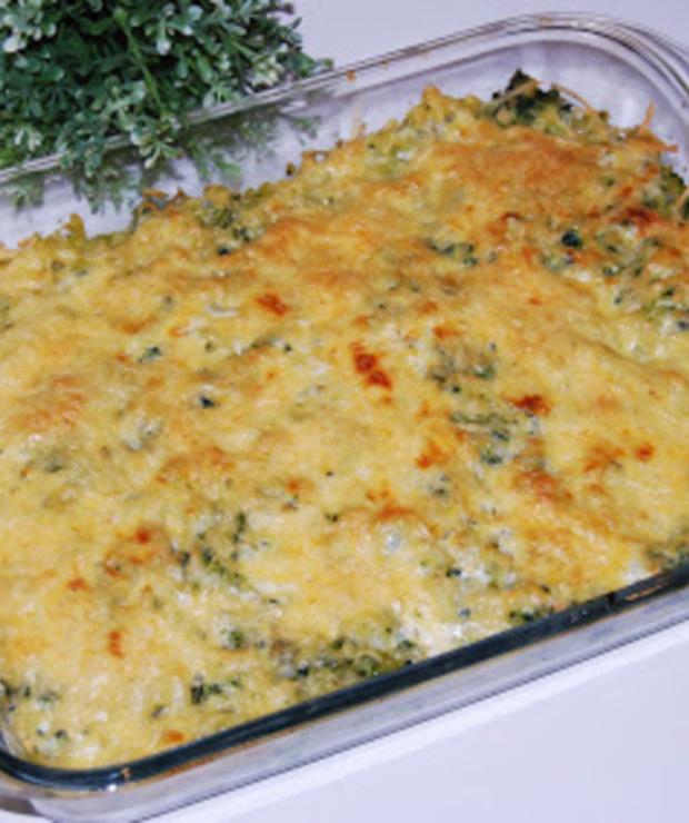 Zapiekanka makaronowa ze szpinakiem i jajkami - Dania z makaronu