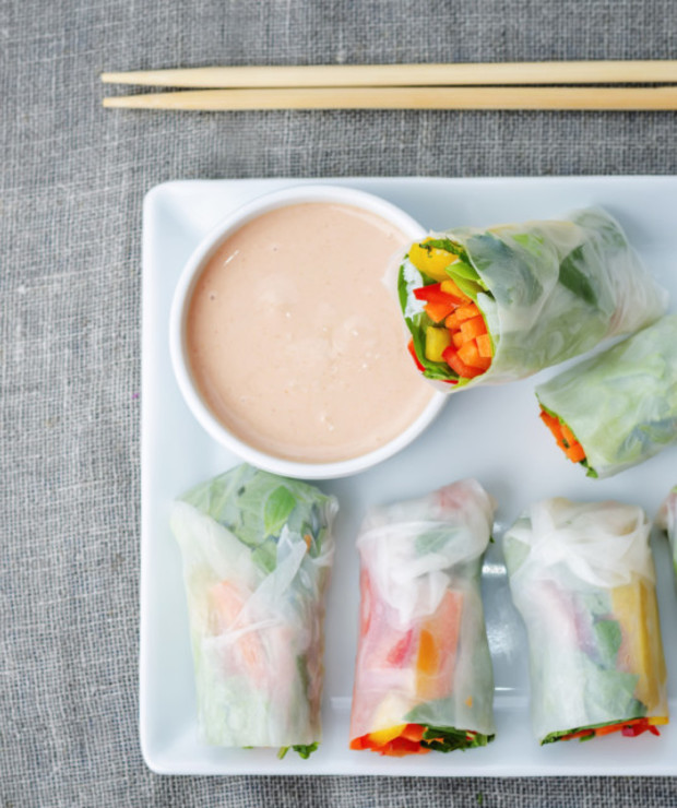 Spring rolls z ostrym sosem - Warzywa