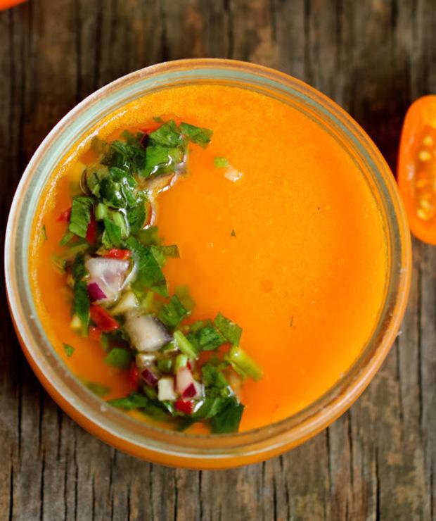 Galaretka z pomidorów z sosem chimichurri - Na zimno