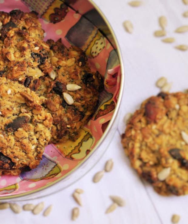 Owsiane ciasteczka z bakaliami (wegańskie, bez glutenu, cukru, jajek, mleka i masła) - Bezglutenowe