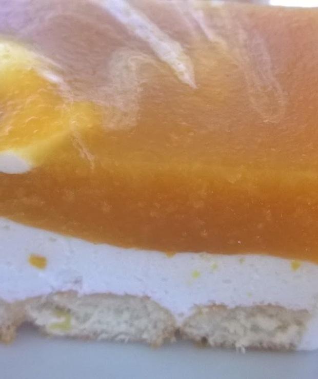 Brzoskwiniowy sernik na zimno - Bez pieczenia