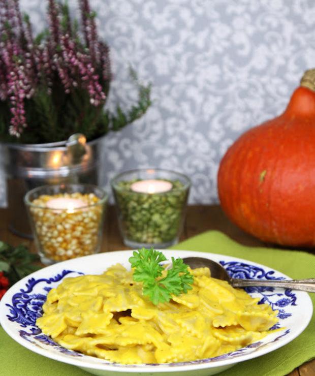 Makaron w sosie dyniowym - Dania z makaronu