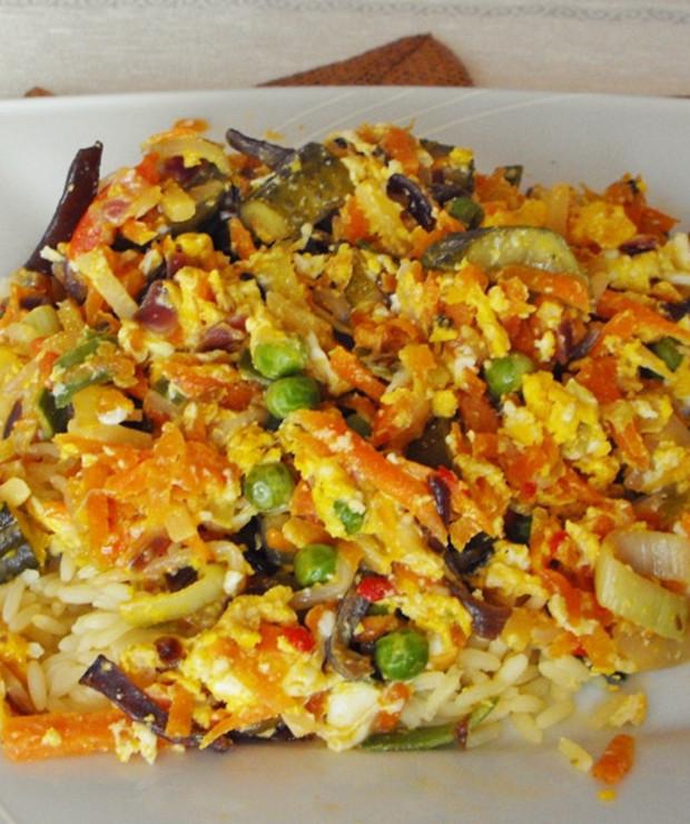 Ryz Z Chinskimi Warzywami I Jajkiem Prosty I Szybki Obiad Targ