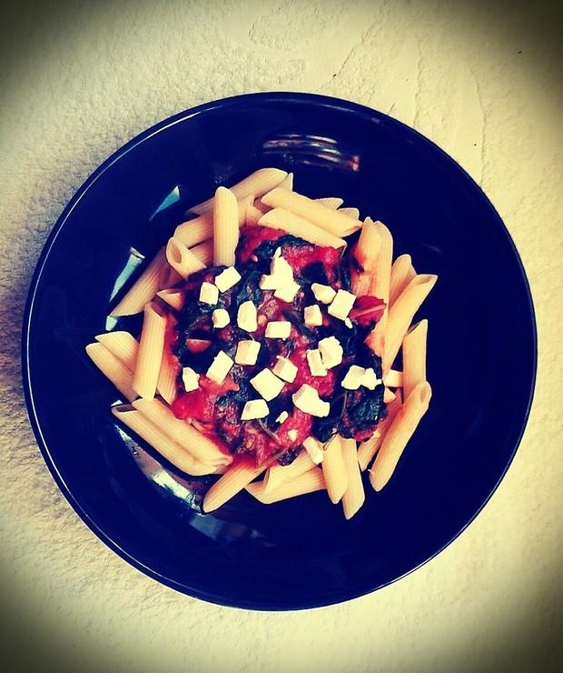 Szpinak+pomidor+feta - Dania z makaronu