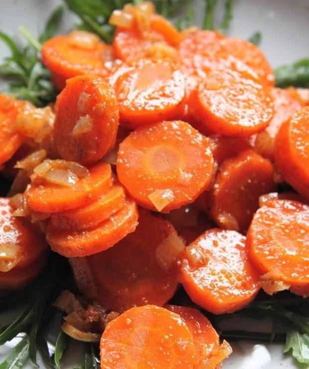 Pikantna sałatka z marchewki - Jarskie