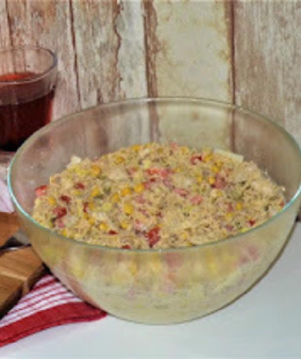 Sałatka z zupek chińskich i pora - Mięsne